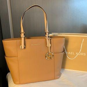 🔥$268 Michael Kors Jet Set Purse Handbag MK Bag